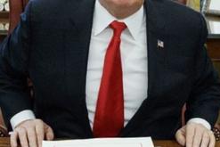 Nxori sekretin shtetëror, Presidenti shkarkon nga detyra zv/drejtorin e