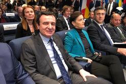 Takimi në Londër/ Kryeministrja serbe bën veprimin e