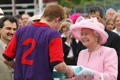 Largimi i Harry-t dhe Megan tronditi familjen mbretërore, çfarë