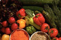 Burime të rinisë, këto ushqime ju ndihmojnë mos ta tregoni