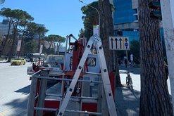 Foto/ Sinjalistikë e re përgjatë Bulevardit