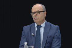 """""""Është në krizë personale"""", Petro Koçi"""