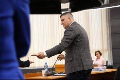 Merret vendimi, shkarkohet nga detyra anëtari i KLP-së Besnik Cani
