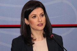 Ish-deputetja e LSI-së sulmon ashpër ministren Gjonaj: Iu fik