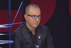 Plas keq në studio, gazetari i kthehet ashpër Denis Dyrnjajës: Ty