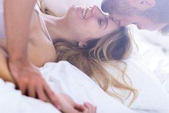 3 arsyet pse duhet të bëni seks në mëngjes