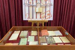 Libra të ndaluar në komunizëm, ekspozohen në