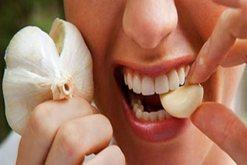 Hudhra, një ilaç natyral, problem mbetet aroma e rëndë
