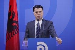 Basha akuzon kryeministrin se la njerëzit pa punë që në 10