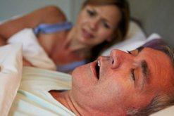 Coronavirusi kërcënon edhe kur jeni në gjumë! Shumica