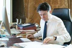 Covid 19 Italia bllokon pagesat e taksave për prillin dhe majin, 400