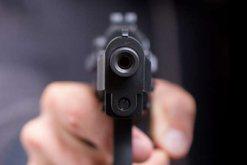 'Kërcet' arma në Vlorë, dy persona të plagosur,