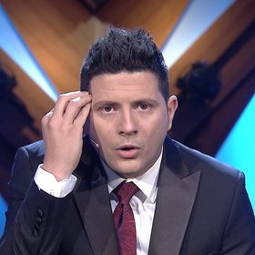 Ermal Mamaqi flet për fitimet që po korr nga filmi online, rreshton