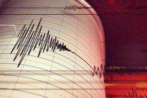 Tërmeti nxori në rrugë qytetarët e Tiranës dhe të