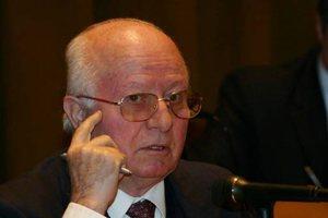 Sabit Brokaj: Çelo Hoxha refraktar dhe reaksionar, Tufa minor para tij,