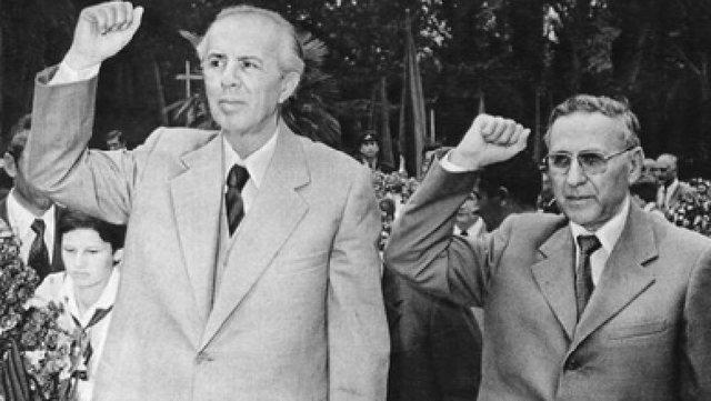 CIA hedh dritë mbi rivalitetin mes Enver Hoxhës dhe Mehmet Shehut,