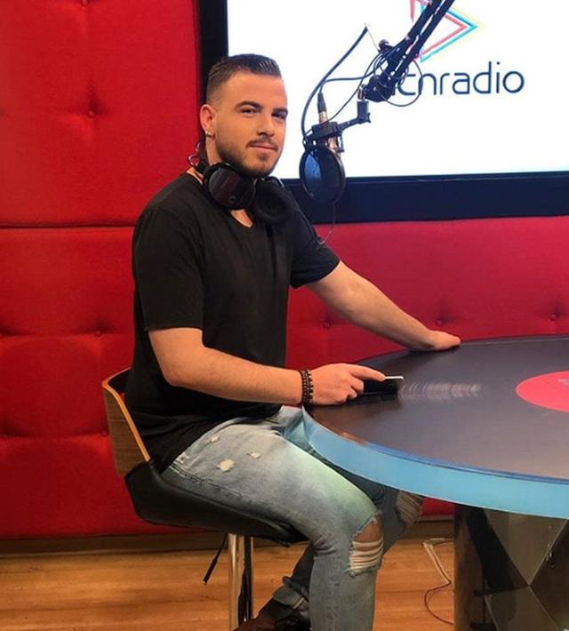 """""""Kam tentuar vetëvrasjen"""", gazetari shqiptar i lë të"""