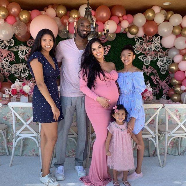 Humbi tragjikisht vajzën dhe bashkëshortin, gruaja e Kobe Bryant e