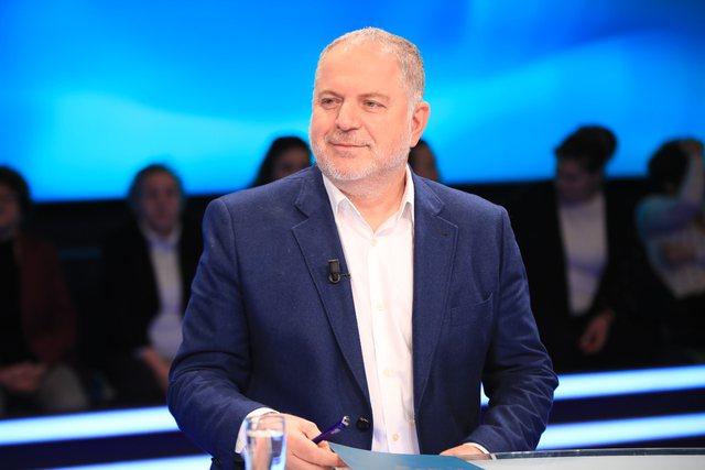 Baton Haxhiu bën deklaratën e fortë: Ja si Albin Kurti doli i