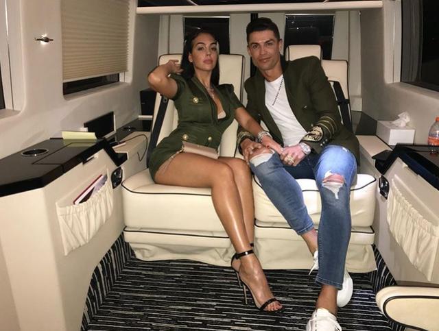 Ronaldo feston ditëlindjen, dhurata që i ka bërë partnerja e