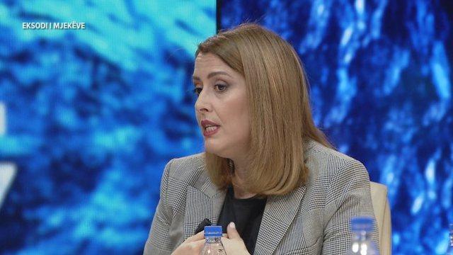 A është Shqipëria në emergjencë? Ministrja Manastirliu