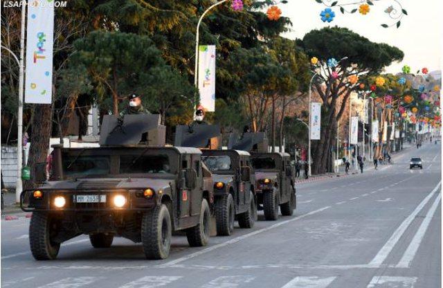 Ushtria doli në rrugë për të ndalur lëvizjet, reagon