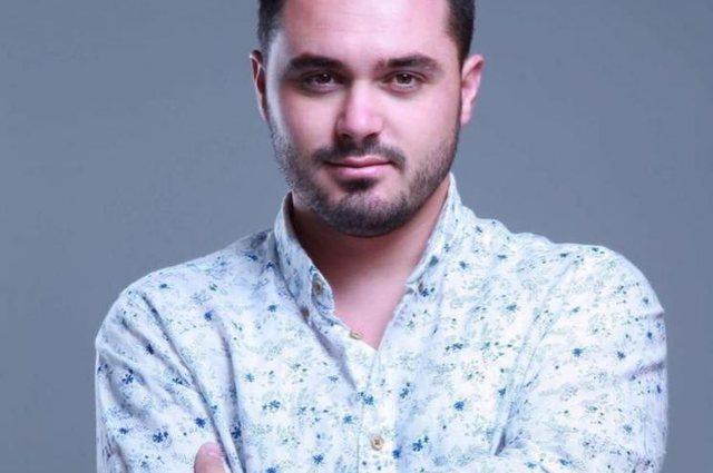 Këngëtari i njohur shqiptar preket nga koronavirusi, tregon simptomat
