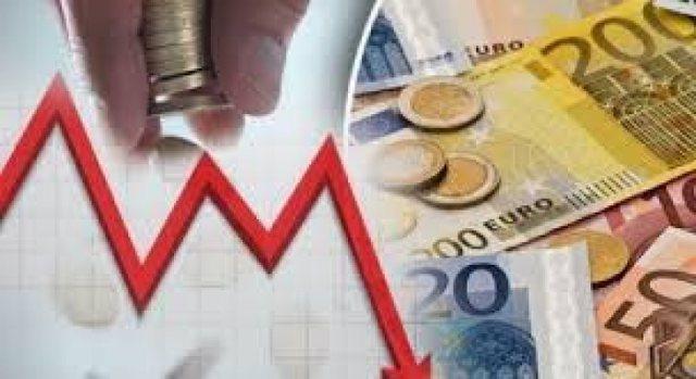 Nuk gjejnë qetësi euro dhe dollari, kriza e koronavirusit ndikon