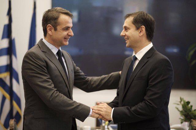 Kufijë dhe hotelet të mbyllur nga pandemia, ministri grek i Turizmit