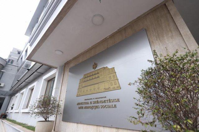 Fundjava/ Ministria e Shëndetësisë firmos urdhrin: Këto