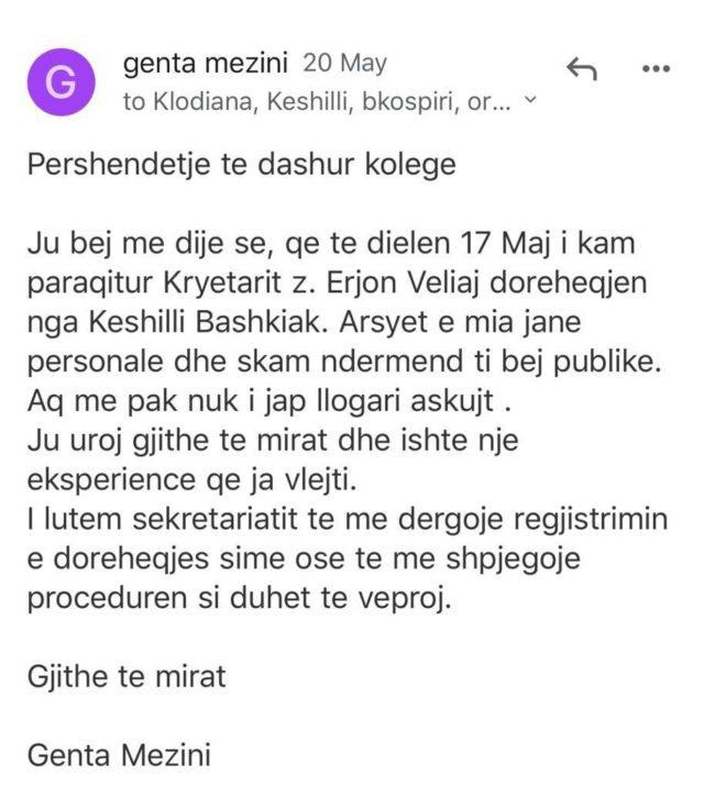 Anëtarja e Këshillit Bashkiak të Tiranës jep