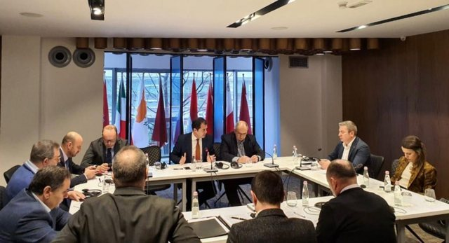 Mblidhet Këshilli Politik për Reformën Zgjedhore, opozita ulet