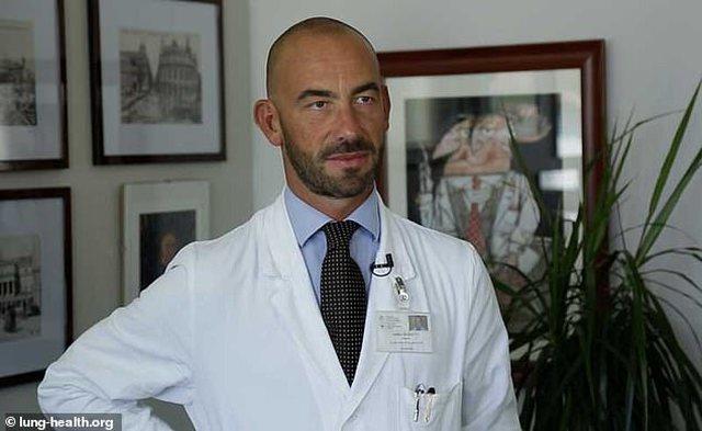 Mjeku italian befason me deklaratën: Koronavirusi mund të zhduket pa