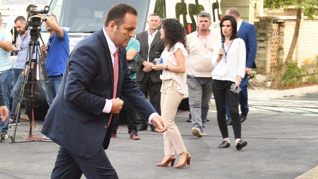 Shtyhet seanca për ish kryeprokurorin Adriatik Llalla, zbulohet arsyeja pse