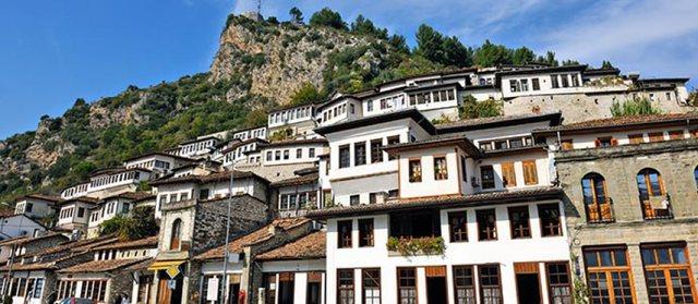 Berati 12 vjet në UNESCO, Margariti: Mbart vlera të