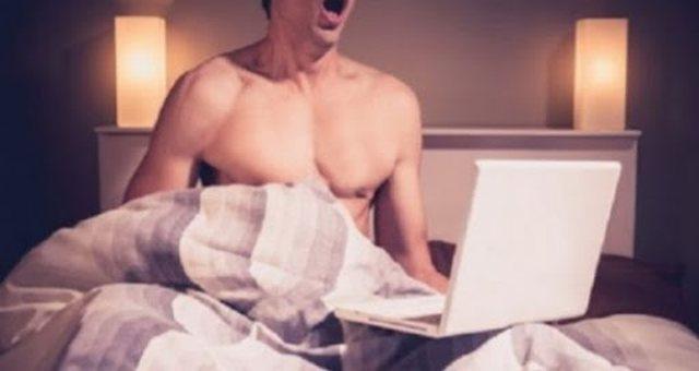 Doktori: Ja çfarë ndodh nëse masturboheni shpesh