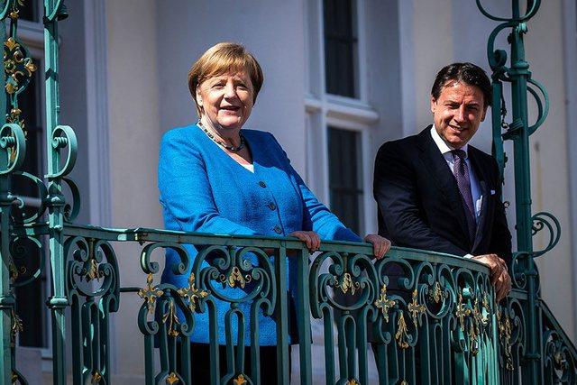 Koronavirusi/ Shikoni takimin e pazakontë të Merkel me kryeministrin