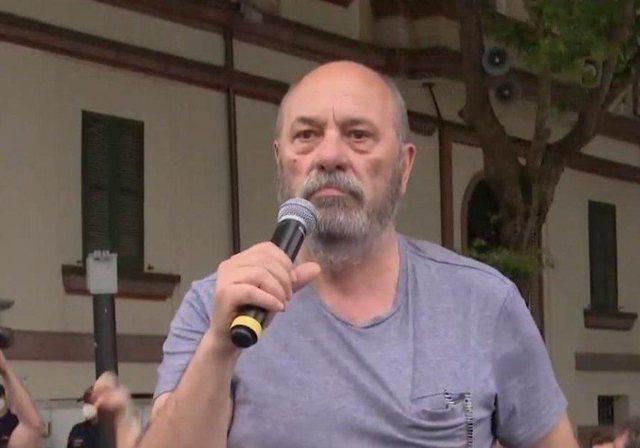 Edmond Budina kërkesë kryeministrit ta lejojë të japë