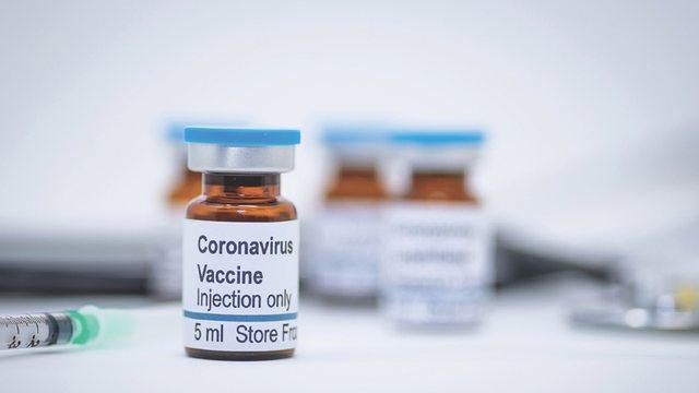 Cilat vende do ta marrin vaksinën të parët? Flet drejtoresha e