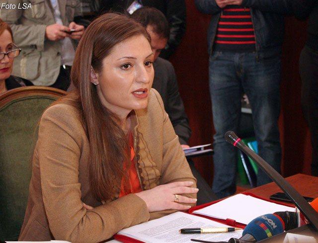 Raporti i Standard and Poor, ish ministrja sulmon Ramën: Ka arritur në