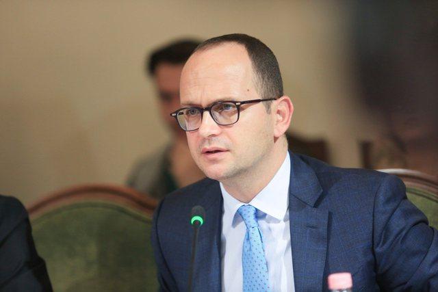 Largimi i Ditmir Bushatit si drejtues politik i PS në qarkun Shkodër,