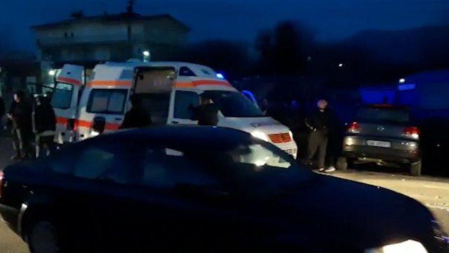 19-vjeçari përplas këmbësorin me makinë, burri