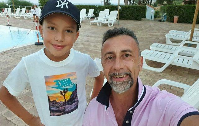 Tronditëse/ Babai vret djalin e tij 11-vjeçar, zbardhet mesazhi
