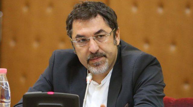 Ministri Çuçi i përgjigjet ashpër Metës: Presidenti