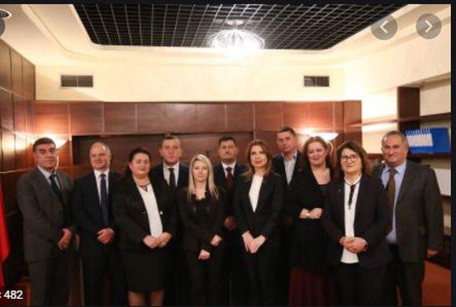 Përplasja e fortë mes dy institucioneve KLGJ-KLP, Kuvendi merr