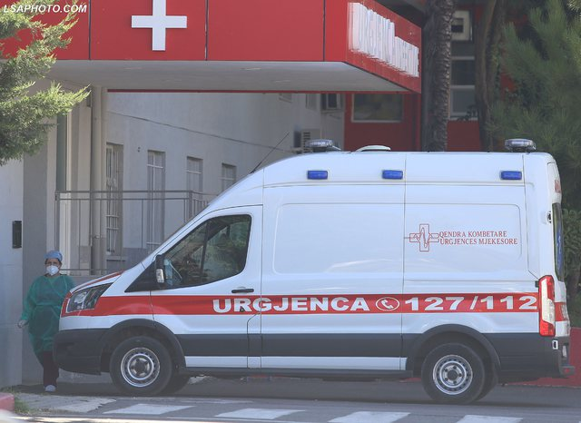 Koronavirusi në Shqipëri/ 5 humbje jete në 24 orët e fundit