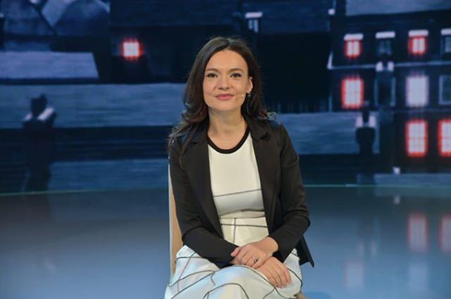 Elisa Spiropali publikon për herë të parë foto të