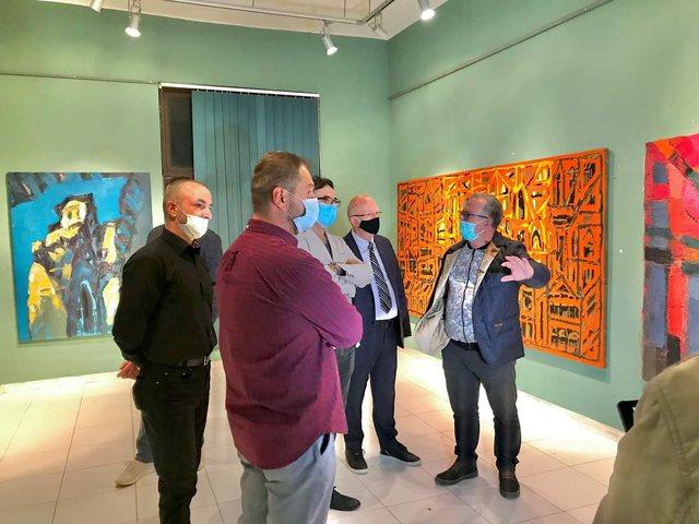 """Piktori Arben Golemi me """"I love my city"""" në Berat, ekspozita"""