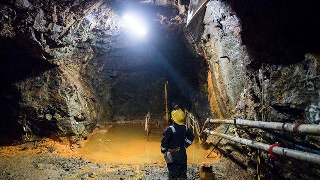 Zbardhet lista e radhës, 531 naftëtarë, minatorë dhe