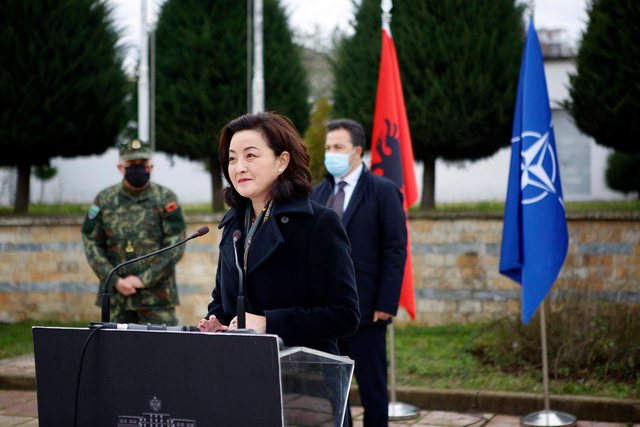 SHBA i dhuron Shqipërisë 300 mijë dollarë pajisje për